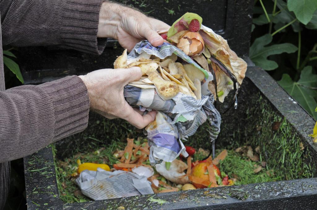 Composteren met een compostbak